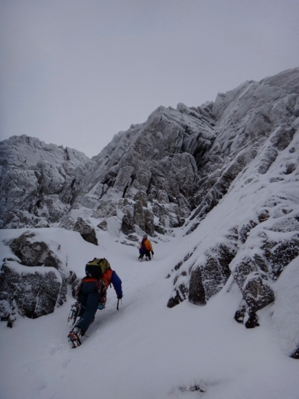 Accessing the first pitch of our route. Ideal winter conditions.